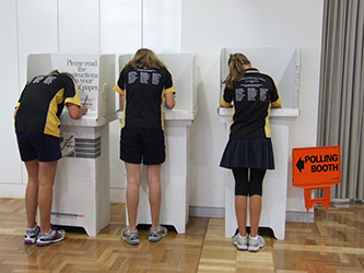 Photo - kids voting